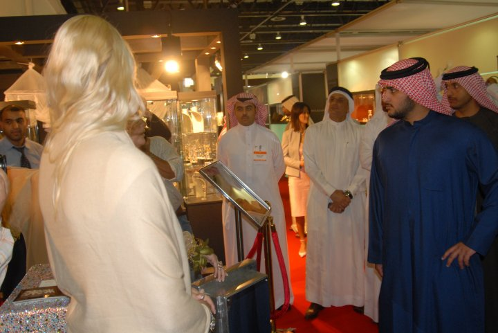 Madame Sabine Balve and the son of His Highness Sheik Mohammed bin Rashid al Maktoum - the royal leader of Dubai in UAE (5)