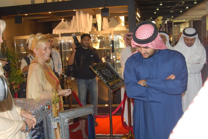 Madame Sabine Balve and the son of His Highness Sheik Mohammed bin Rashid al Maktoum - the royal leader of Dubai in UAE (8)
