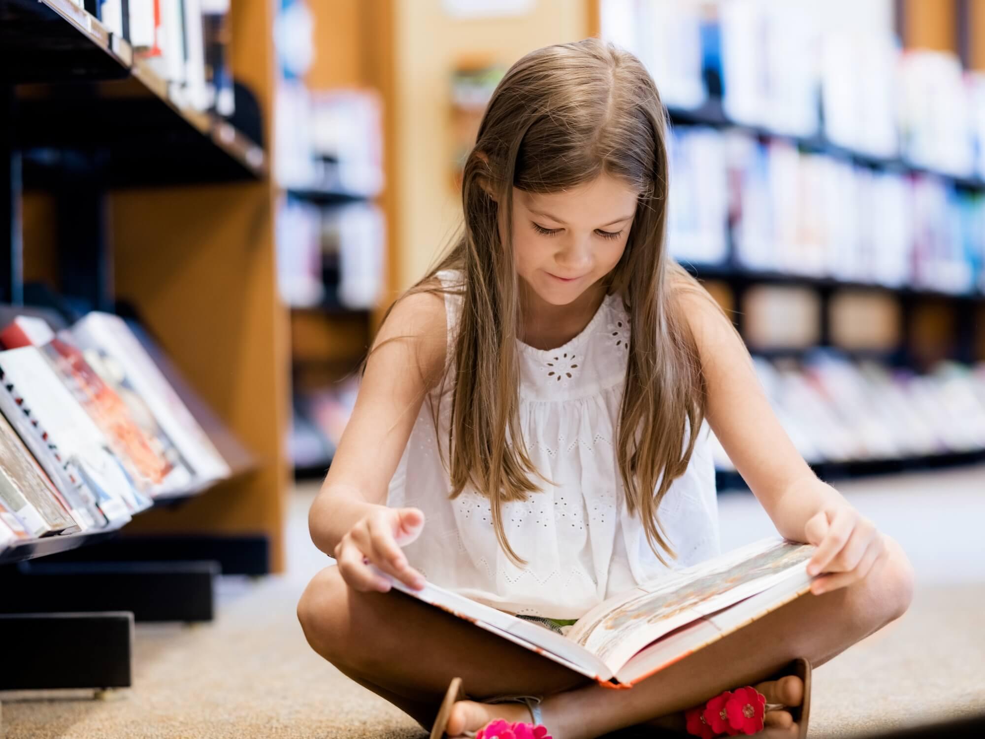 Sabine loves reading